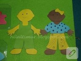 Bebek Giydirme Aktivite Kitabı