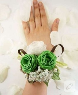 Kağıt Gelin Çiçekleri