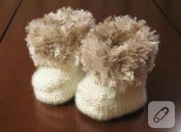 Örgü bebek botları