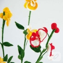 Yünden Çiçekler
