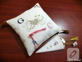 yüzük yastığı ve makas kabı