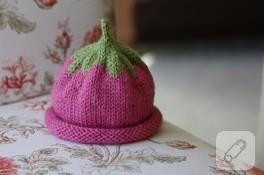 Çilek kız şapkası