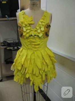 peki bu elbise ne ile yapılmış?