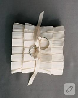 Nişan Yüzüğü Yastık Modelleri