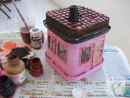 Peynir kutusundan minyatür ev yapayım :)