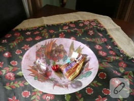 Kıl çuvaldan masa örtüsü
