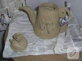 bir köşede unutulmuş gariban çaydanlığım :)