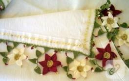 çiçekli masa örtüm