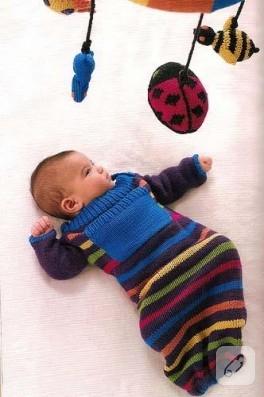 Rengarenk bebek uyku tulumu