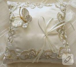 pullu kelebekli düğün yastığı