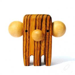 Birbirinden güzel tahta oyuncaklar