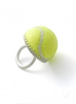 tenise eş aranıyor