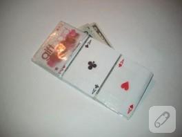 Oyun kartlarından cüzdan