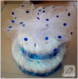 Bebek bezi pasta – mavi boncuk