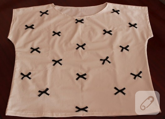 Fiyonklu T-Shirt