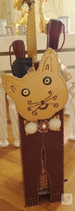 Kedili şemsiyelik