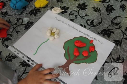 Çocuklarla oyun hamuru aktiviteleri