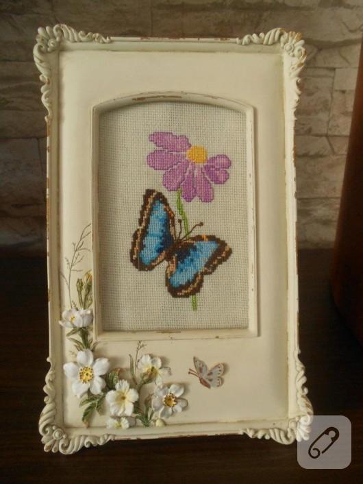 Kelebekli çerçeve