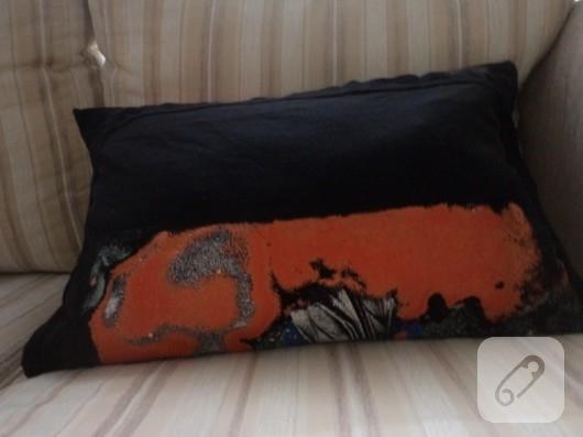 Eski tişörtten yastık yapımı