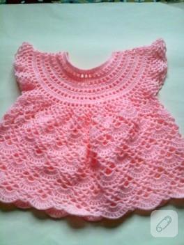 Örgü kız bebek elbisesi
