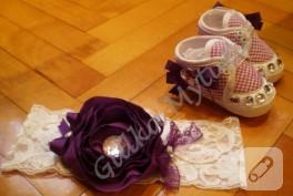 Bebek patikleri ve şapkaları