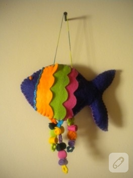 Keçeden renkli balık