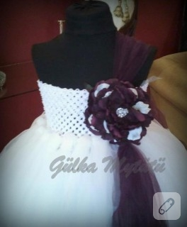 Beyaz tütü elbise