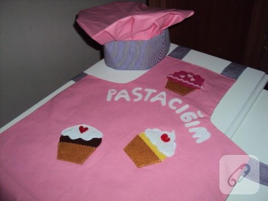 Cupcake'li mutfak önlükleri