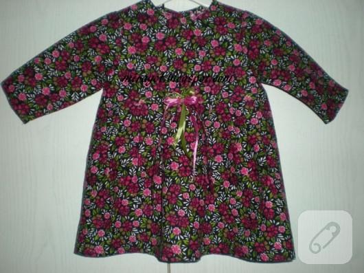 Pazen kumaştan çocuk elbisesi