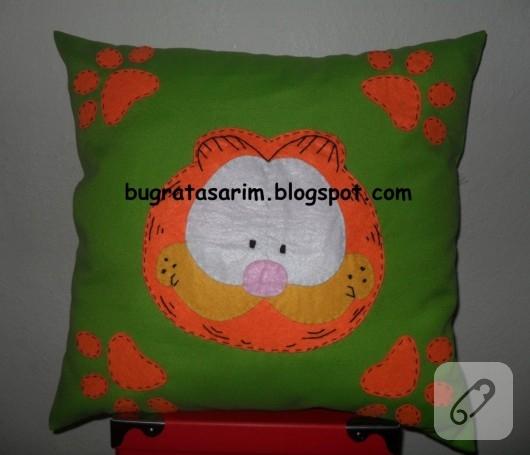 Garfield yastık