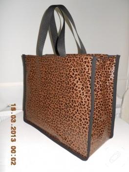 Valiz tipi panter desenli çanta