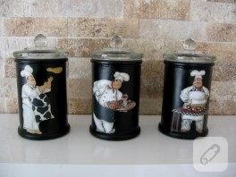 Siyah aşçı cam baharatlıklar