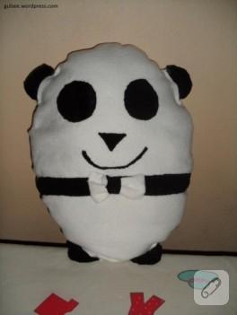 Panda şeklinde peluş yastık