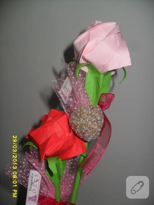 Origami gül
