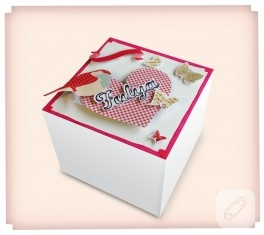 Hediye paketi (kutu süsleme)