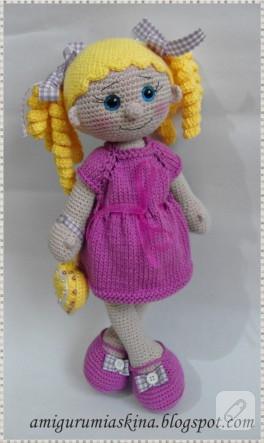 Lola bebek – amigurumi örgü oyuncak