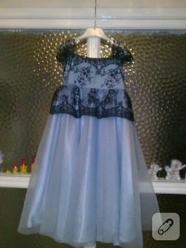 Mavi prenses elbisesi