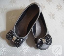 Fiyonkla ayakkabı süsleme