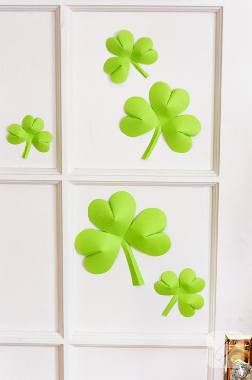 DIY-shamrock-decorations