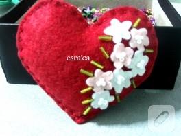 Kına için hediyelik keçe kalp
