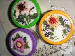 Keçe çiçekli kavanozlar