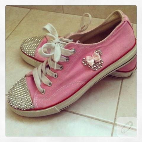 Converse ayakkabı süsleme