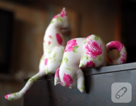 kumas-kedi-biblo-modelleri