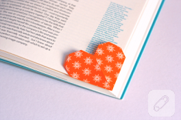 Kalpli kitap ayracı
