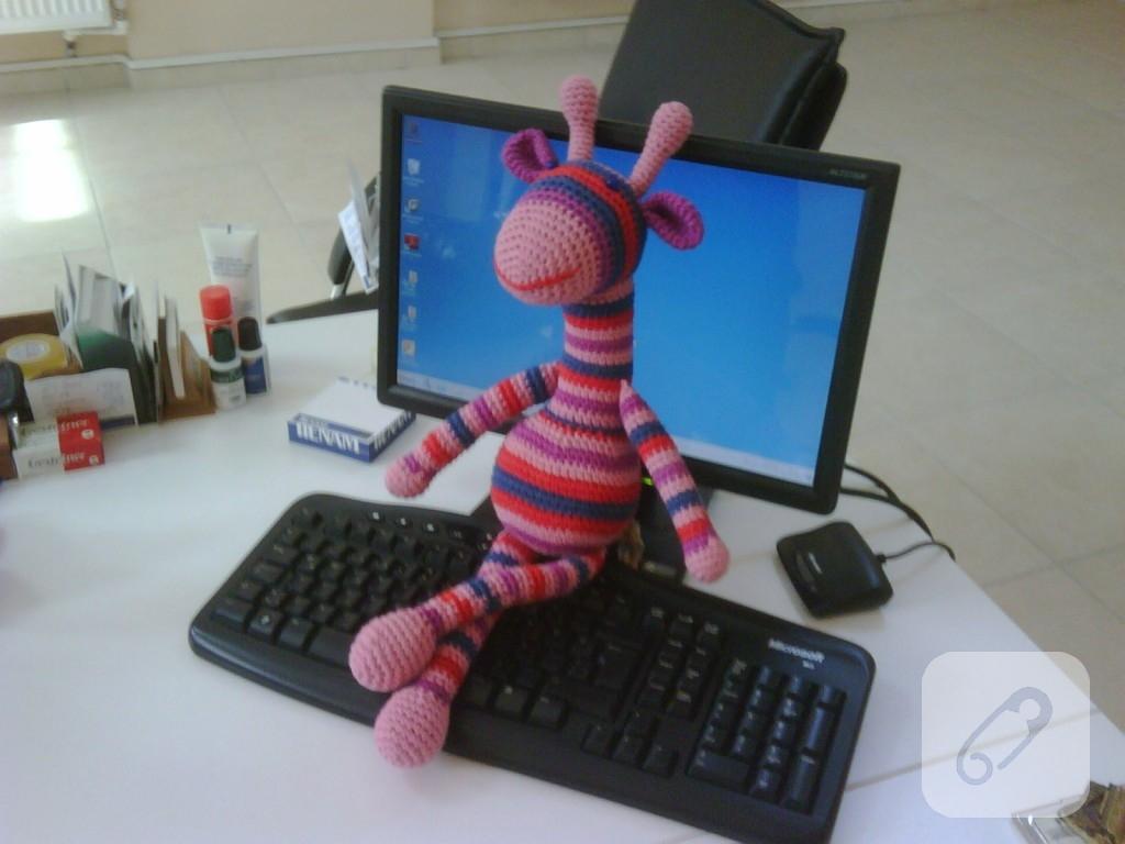 Amigurumi Zürafa Yapımı : Amigurumi oyuncak çizgili zürafa u marifet