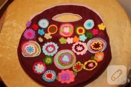 Çiçekli keçe çanta