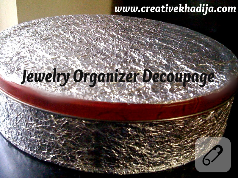jewelry-organizer-decoupage