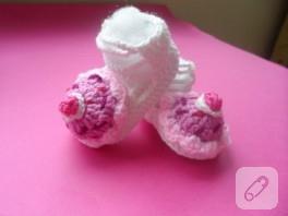 Bebekler için cupcake'li örgü takım