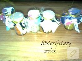 Minik şişelerden mutfak süs yapımı