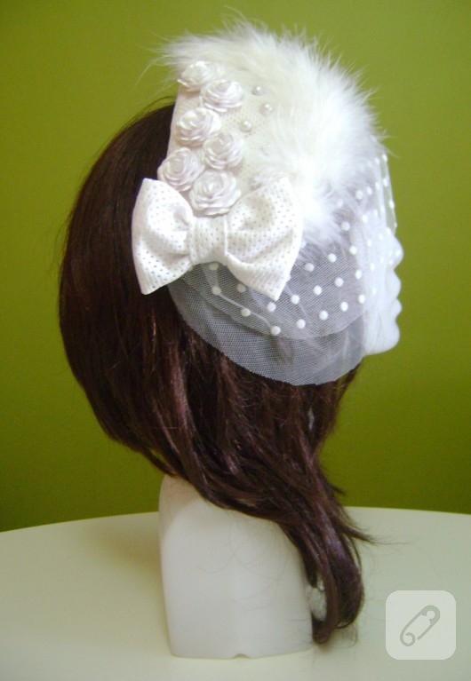 Çiçek süslemeli nikah şapkası